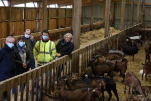Madame & Monsieur Lefort ont présenté leur chèvrerie ainsi que leur repreneur.
